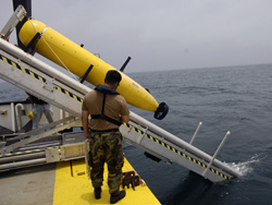 An unmanned undersea vehicle (UUV) being deployed during a U.S. Navy Office of Naval Research demonstration near Panama City. Solid oxide fuel cell technology being developed by the Office of Fossil Energy for coal-fueled central power generation is being adapted to power UUVs.